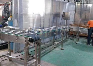 Băng tải cho nhà máy đóng lon thực phẩm